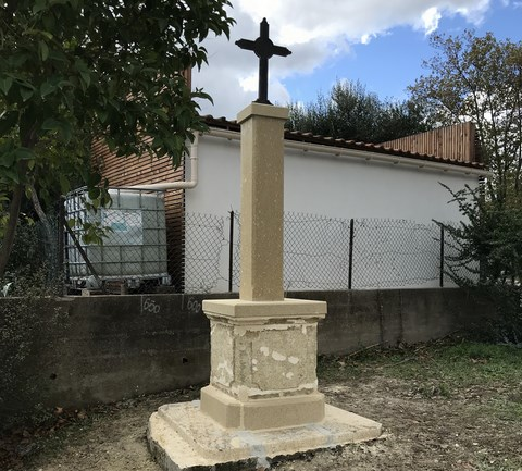 Croix du chemin des romains